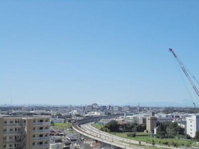 お天気の良い日はスカイツリーと富士山が見えます