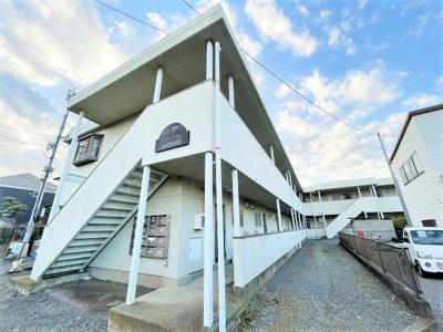 ペットOK♪小田急線「生田」駅より徒歩10分!「読売ランド前」駅からも徒歩11分!2駅利用可能で便利な立地の2階建てアパートです♪