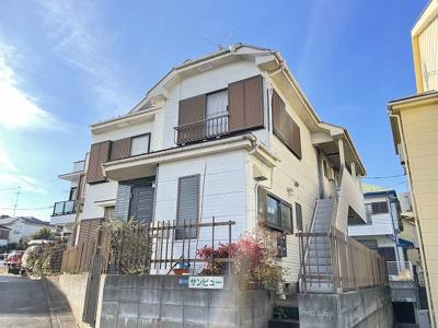 小田急線「百合ヶ丘」駅より徒歩9分!閑静な住宅地にある2階建てアパートです♪
