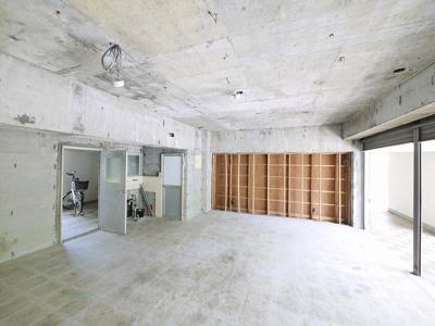 秋篠サンパレス店舗
