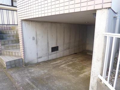 【駐車場】弘法の松貸家