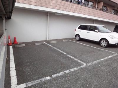 敷地内駐車場あり♪