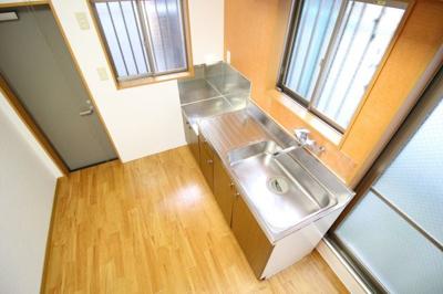 【キッチン】神楽町 貸家