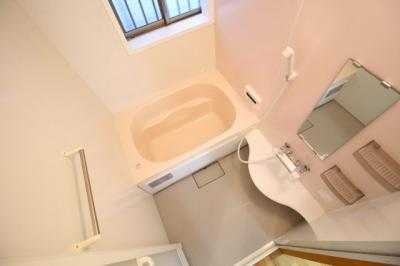 【浴室】神楽町 貸家