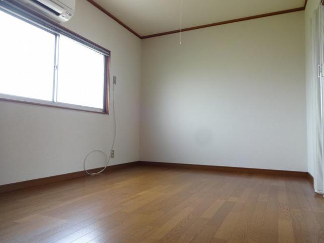 アパート京屋 居間・リビング