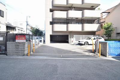 【駐車場】ファミーユ西梅田