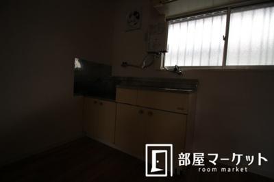 【キッチン】イヤーコート上豊田C棟