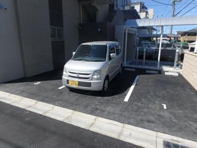 【駐車場】シャンテ高井田