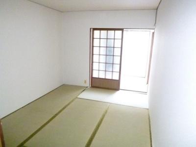 【居間・リビング】光住宅