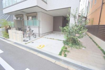 【駐車場】ラシーネ・梅田WEST