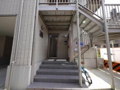 【エントランス】横浜ミナトハイム
