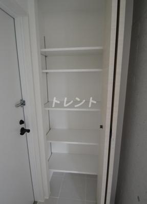 【玄関】アレーロ高田馬場(ALERO高田馬場)