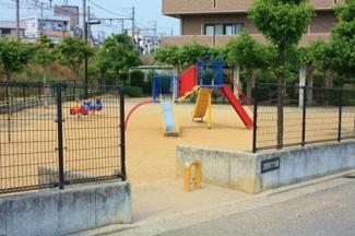 マンション横の公園