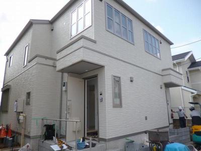 2017年7月完成の新築テラスハウスです☆小田急線「新百合ヶ丘」駅より徒歩8分の好立地!