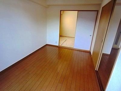 【寝室】ラフィネ星田