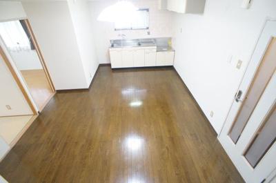 【居間・リビング】ミタカホーム8番館