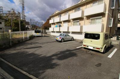 【駐車場】クレールモエ