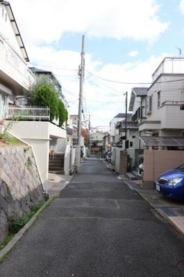 【前面道路含む現地写真】神戸市東灘区森北町6丁目売り土地