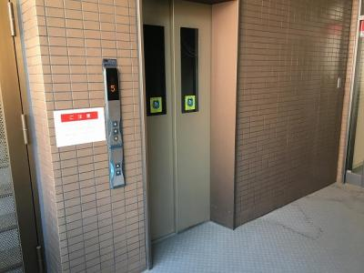 エレベーター付き!重い荷物もラクラク運べます◎