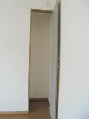洋室6.5帖 収納