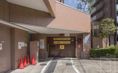 ヴィルヌーブタワー駒沢も駐車場