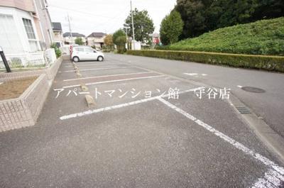 【駐車場】ガーデントップヒルズA2