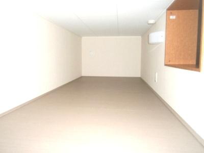 ロフト付き・就寝スペースや収納スペースとしてご利用いただけます