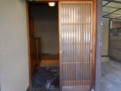【玄関】西冠1丁目貸家