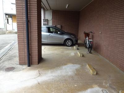 【駐車場】メンフィスヌーボ