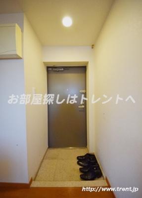 【玄関】ルーブル早稲田参番館