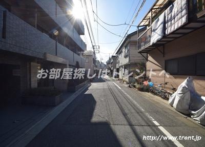 【周辺】ルーブル早稲田参番館