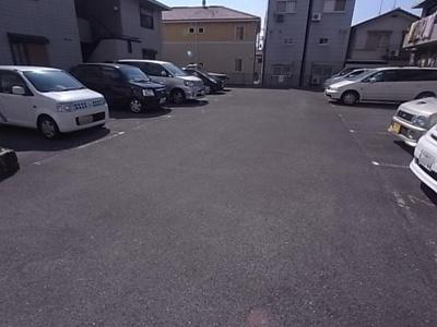 【駐車場】ルーベル