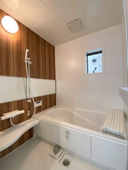 【浴室】堺市西区浜寺諏訪森町東 新築一戸建て