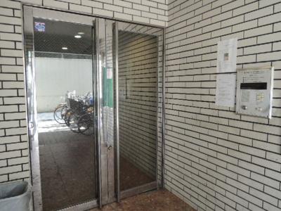 【エントランス】新栄建設第2ビル