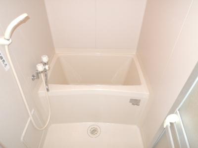 【浴室】クレセントファーム