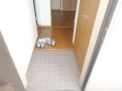 【玄関】レインボーコートパート1