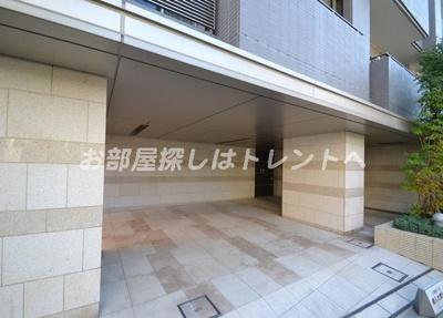 【エントランス】グランスイート高田馬場ザレジデンス