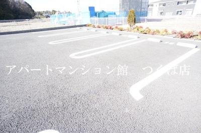 【駐車場】アイリスB