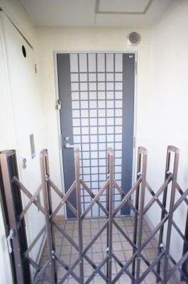 【玄関】フローレスタグランデ