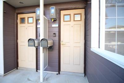 玄関までの入り口です