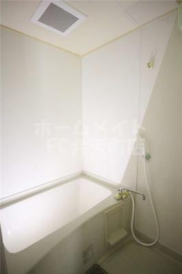 【浴室】デイズハイツ港晴