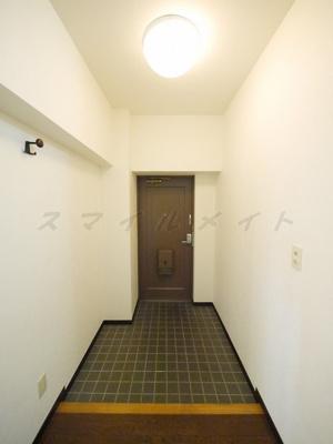 広々とした明るい玄関です。