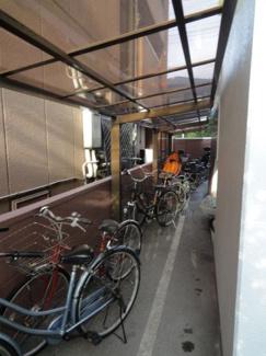 グランドハイツ氷川 ●自転車置き場