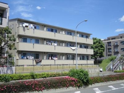 横浜市営地下鉄「センター北」駅より徒歩9分!小型犬OKの2階建てアパート☆
