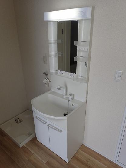 【洗面所】ブローニングハウス