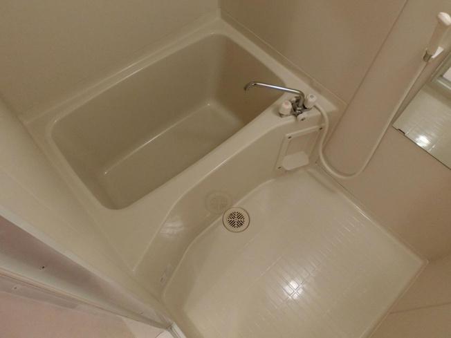 ルピナスC棟 浴室