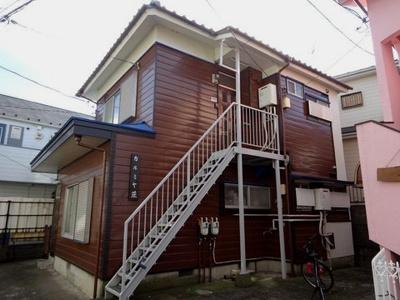 東急東横線「日吉」駅より徒歩9分の2階建てアパートです♪駅近で通勤・通学にも便利☆