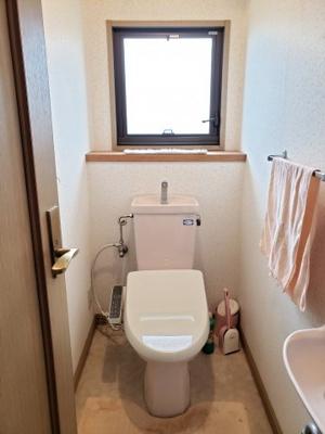 【トイレ】鳥取市若葉台南6丁目二世帯住宅