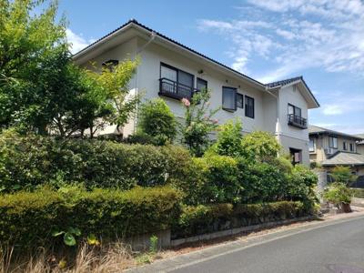 【外観】鳥取市若葉台南6丁目二世帯住宅