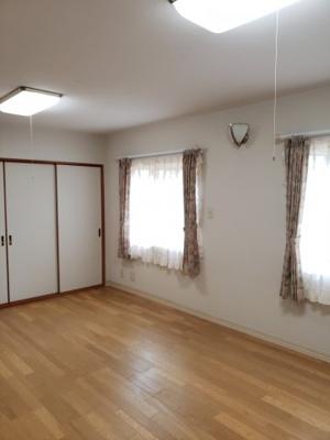 【洋室】鳥取市若葉台南6丁目二世帯住宅